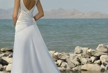 Weddings / by Kerigan Thompson