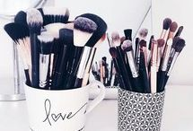 brushes Make Up