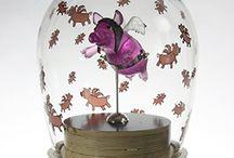 Piggy Figurine ~ Glass