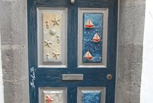 Street Art at Funchal, Madeira / Painted doors at Funchal's old town.