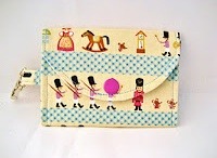 Sew Small / Totes, Wallets, Zippered Bags and so on