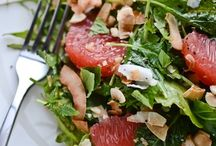 salad - good eatin' / by Zoe Wylychenko