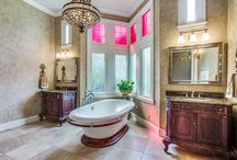 Master Bathroom / Swoon-Worthy Master Bathrooms. Listing by The Paulette Greene Group with Ebby Halliday in DFW.