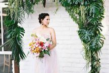 { tropical Wedding decor }