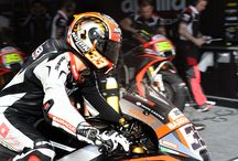 Aprilia MotoGP 2015 - Rio Hondo / Rio Hondo (Argentina), 19 April 2015 - In the second American race on the Argentinian Termas de Rio Hondo circuit, Aprilia Racing Team Gresini confirmed the progress demonstrated in Austin. The two RS-GP bikes, for the first time both crossing the finish line, significantly reduced the gap behind the leaders and the middle pack.