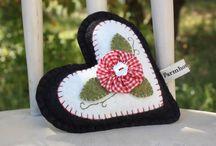 pincushions & sewing stuff