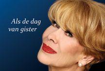 ANNEKE GRÖNLOH / 'Als de dag van gister', de prachtige oeuvre-box met liedjes van Anneke Grönloh: Nederlands meest succesvolle zangeres ooit!  'Als de dag van gister' breng een gouden carrière in beeld en geluid met maar liefst 3 dvd's en een cd boordevol al die bekende liedjes die u altijd al eens terug wilde horen!  Anneke Grönloh - Als de dag van gister: onder meer verkrijgbaar via http://www.source1webshop.nl/Anneke-Gronloh