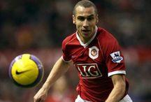5 Rekrutan Manchester United Berusia 30 Tahun / Manchester United tercatat beberapa kali pernah merekrut pemain yang berusia 30 tahun ke atas. Musim ini, Red Devils merekrut gelandang Jerman, Bastian Schweinsteiger yang genap berusia 30 tahun. Ia menambah deretan pemain berusia 30 tahun yang merapat ke Old Trafford BAca selengkapnya - > http://ids.fm/Glxaq3uB