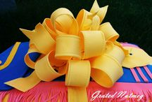 CakeDecorating-Bows and Ribbons / Bows and Ribbons ideas and tutorials for Decorating Cakes