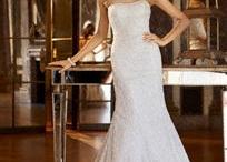 The DRESS!! / by Vicki Martin