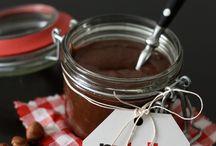 Gourmandises sucrées /  Nutella, caramel, confitures, ...