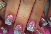 nails / by Jill Sciangula