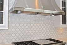 Beautiful Backsplashes / Gorgeous array of distinctive backsplashes for kitchen, butlers pantry and more