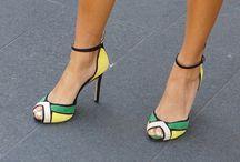 Sandale culori