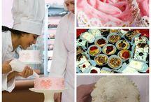 Кондитерский шприц / Любителям булочек, пирожен, вкусных и изящных тортов.  Кондитерским шприцем вы сможете творить чудеса в кулинарии. http://zacaz.ru/products/dom-byt-kuhnya/dlya-kuhni/konditerskij-shpric/