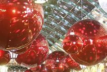 Christmas time @ the mall / Christmas decoration #Mall #ShoppingCenter #BigSpacesDeco / by Luz Calvella