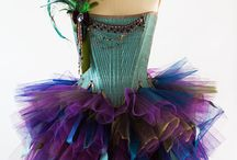 Mardi Gras. / New Orleans is one of my favorite cities! Just love sparkle and feathers!