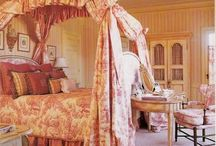 Bedrooms / by Marie Angel Lopez