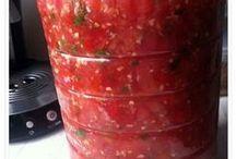 kırmızı domates tursu