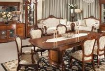 Traditional Living & Dining / Traditional Living & Dining Furniture that oozes elegance