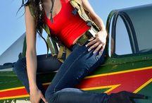 girl's an aircraft's