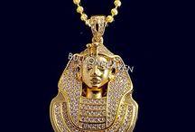 pharaoh diamond pendant
