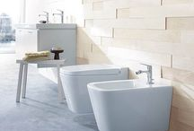 WCs & bidets / From contemporary wall-hung to traditional close-coupled, and water-saving dual-flush models to high-tech 'super loos', there is a WC to suit all bathroom styles and budgets.
