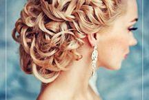 Curly Wedding Hair Inspo!
