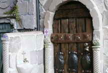 dollshouses and miniature scenes