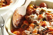 Recipes - Casseroles / by Nancy Alexander