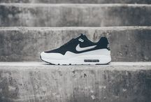 Sneakers // Wear