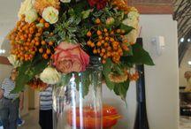 Fiori al Bar / Flowers seen at coffee bar -   A volte basta un fiore per rendere più accogliente un bar!