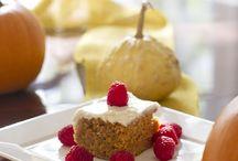 Vegan Thanksgiving Recipes / Vegetarian and vegan Thanksgiving recipes from appetizers to meatless main dishes to seasonal desserts.