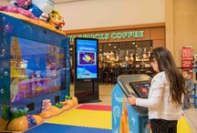 Virtual Aquarium / Come experience the latest underwater fun offered by Captain McFinn live and in person at select malls in the U.S.!