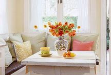 Charming Breakfast Nooks / Cozy kitchen nooks for starting the day and enjoying coffee or breakfast