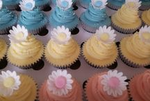 Flower Cakes and Cupcakes