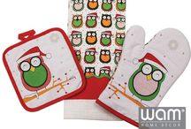 Christmas Kitchen Decor / Christmas accessories to brighten up your Christmas season available at WAM Home Décor. Aprons, oven gloves, pot holders and more ...visit http://wamhomedecor.com.au/index.php/christmas