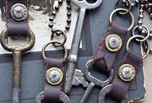 bisuteria con llaves