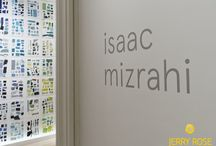 Isaac Mizrahi Gala Opening and Dinner at the Jewish Museum / Acclaimed fashion designer Isaac Mizrahi is being honored by The Jewish Museum. The show, entitled An Unruly History, explores key trends in his provocative style as designer, artist and entrepreneur. Isaac asked Jerry to design the flowers for the gala opening and dinner. Jerry used three varieties of tulips in gorgeous hues of pink, nestled in stacked glass vases in alternating sizes.
