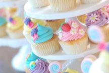 Cupcake Ideas / by Sara Rosenberger