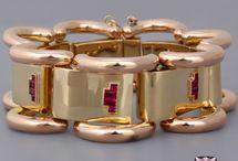 Retro jewelry