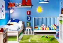 Aranżacje pokoi dziecięcych / Aranżacje pokoi dziecięcych oddają charakter dzieci: są kolorowe, pomysłowe i sprzyjają zabawie. Jednocześnie muszą być tak zaprojektowane, aby zapewnić bezpieczeństwo najmłodszym domownikom: http://mebleportal.pl/style-i-aranzacje/0/369/aranzacje-pokoi-dzieciecych.html