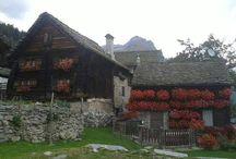 ARCHITETTURA RURALE ALPINA Alpine Vernacular Architecture