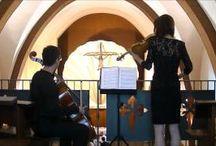 Vídeos: música para ceremonia religiosa en dúo y con soprano. Música para cóctel. / Vídeos con diferentes piezas para cada momento de una ceremonia religiosa en dúo: violín- violonchelo y trío: soprano- violín- violonchelo. Muestra de piezas para cóctel en dúo con equipo de sonido.