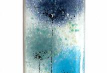glass fusion / over het maken van objecten, schilderijen van glas, de kunstenaars, het materiaal en de kleur
