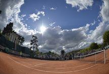 L'esprit du court 2014 / Entre les tribunes et le court, plongée dans l'atmosphère du tournoi.
