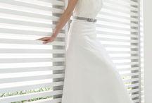 Brautkleid und -Frisur