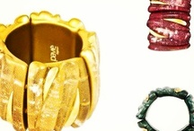 Gold Bracelets Collection