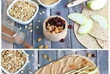 Healthy Snacks / If you need a qucik, easy, and healthy snack recipe idea, you'll find everything you could want right here!
