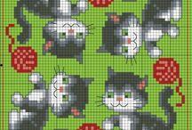Les chats joueurs